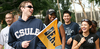 CSULB students on campus.